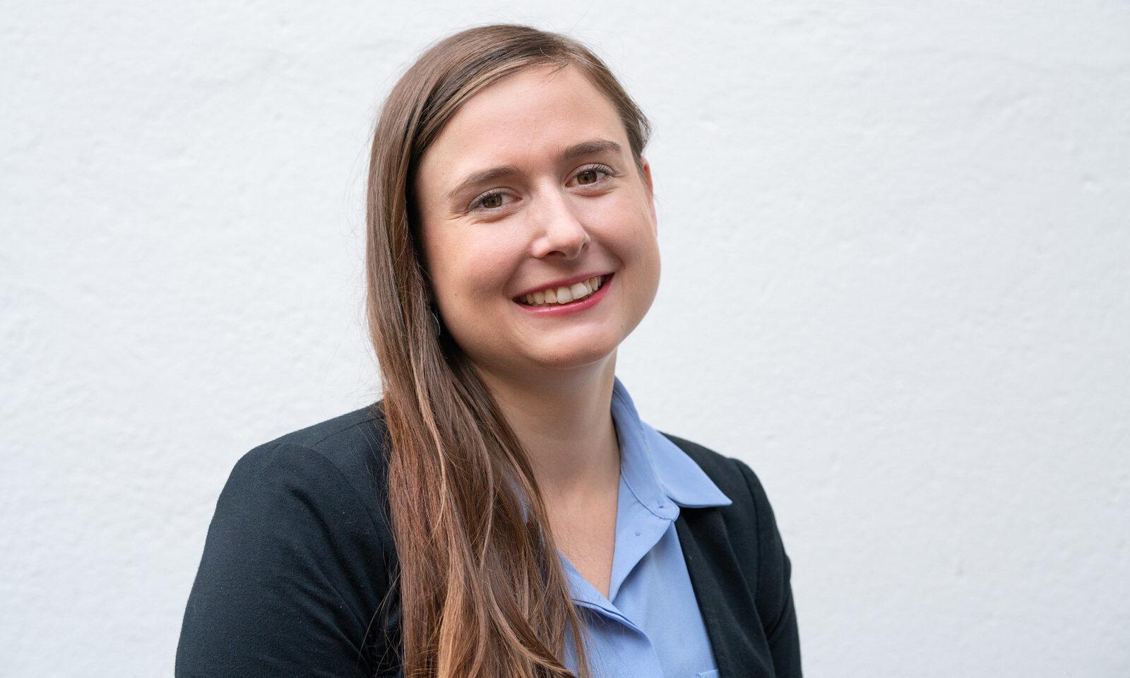Sonja Marti Goldschmiedin. Sonja Marti, Goldschmiedin, Ausbildnerin Lernende, Instruktorin überbetriebliche Kurse