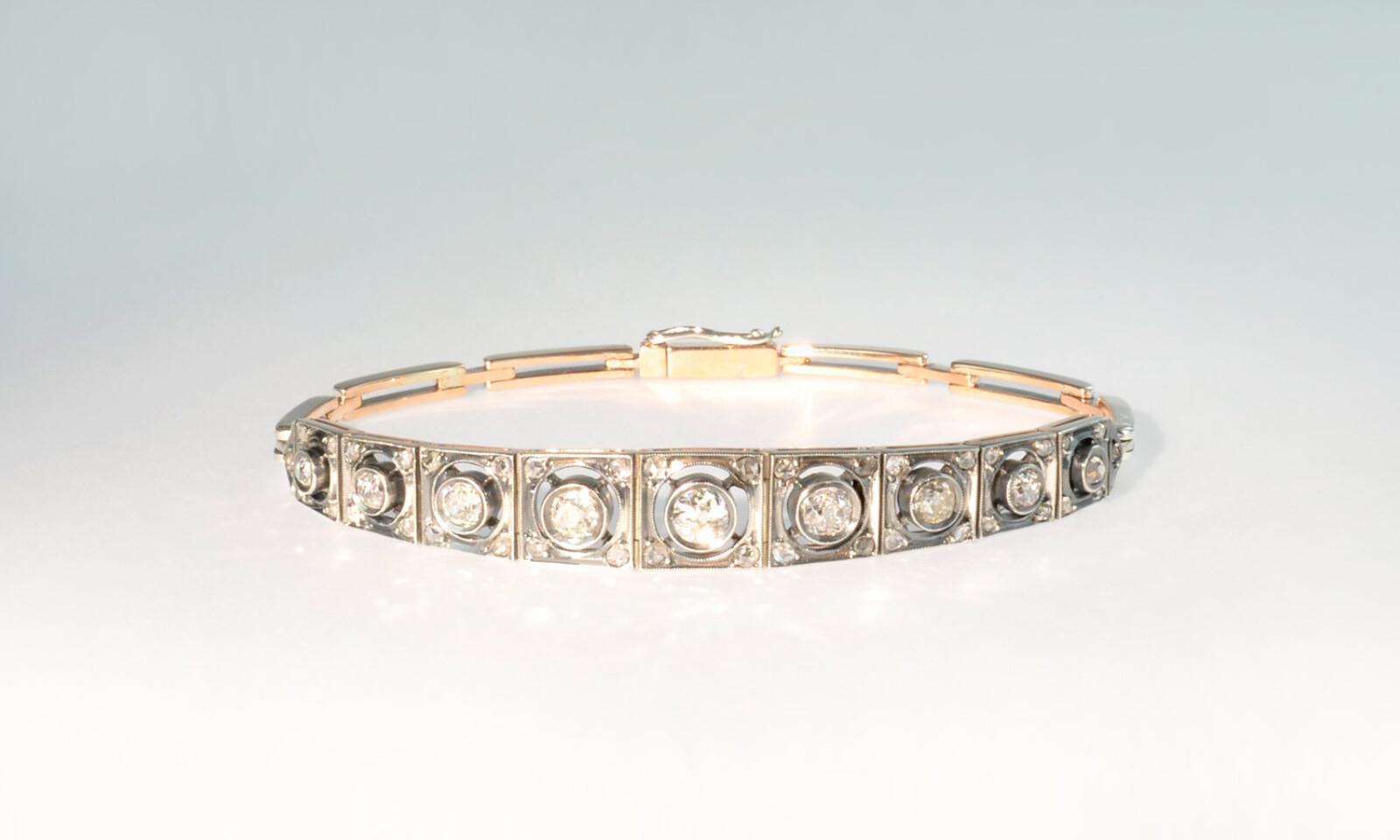Bracelet silber rotgold diam. Bracelet um 1870, Silber auf Rotgold mit 9 Diamanten Altschliff Hsi P1 2.60 ct., 3.0 - 4.5 mm und 38 kleinen Diamanten, Länge 18 cm, CHF 4300.-