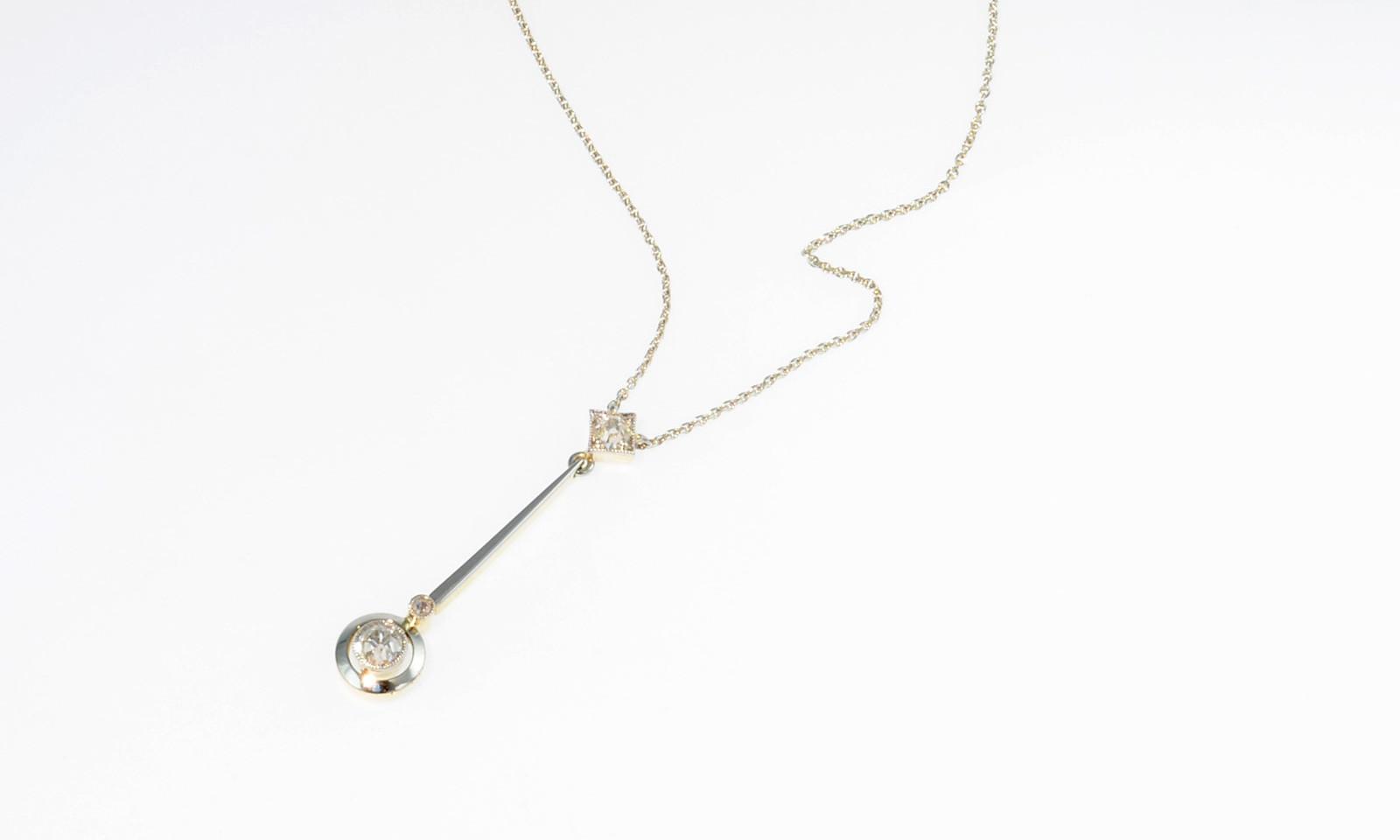 Anhaenger Art Deco Diamant. Anhänger Art Déco, Platin auf Gelbgold mit Diamanten, Kette Weissgold 750, CHF 1850.-