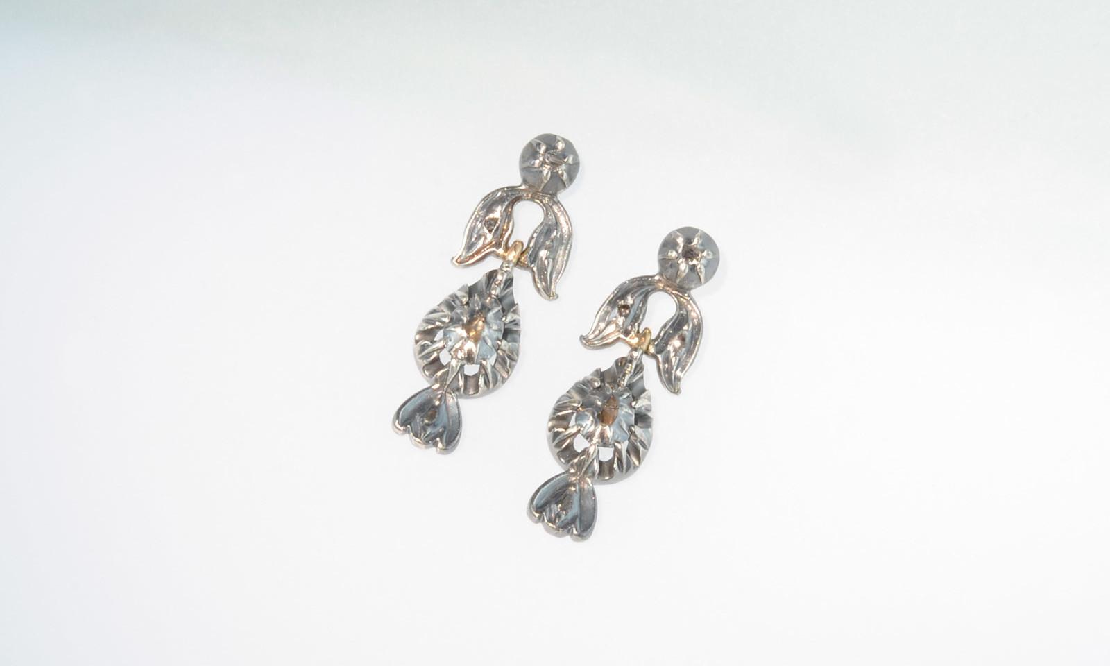 Ohrhaenger silber rotgold antik. Ohrhänger Silber auf Rotgold mit Diamanten, um 1800, CH 1950.-