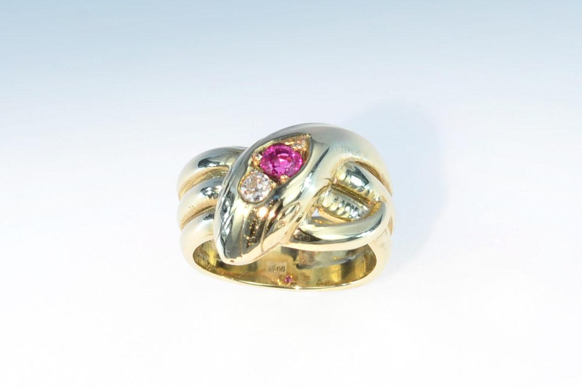 Schlangenring rubin diamant