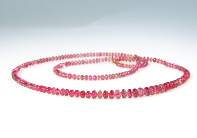 Collier spinell rot boutons