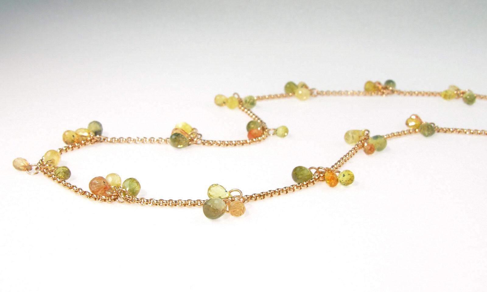 Kette Safire Gruen Gelb. Kette Rotgold 750 mit 62 Safir-Briolettes, Länge 49.5 cm, CHF 3400.-